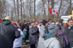 Canada: 200 police sent to prevent people from entering a church service