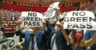 Chaos in the Italian Parliament due to deputies' protest against the vaccination passport (Video)