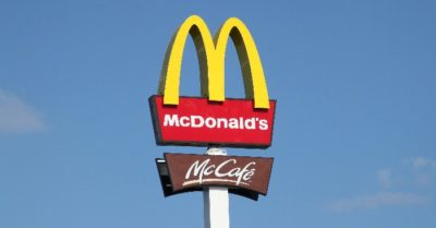McDonald's reinstates mask mandate for all customers, staff