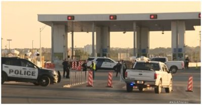 Del Rio Port of Entry blocked due to migrant influx
