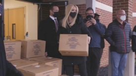 Ivanka Trump delivers food boxes from farmers to families